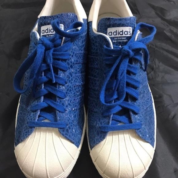 47% le adidas superstar degli anni '80, pelle di serpente blu poshmark originali.